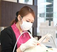 歯科衛生士によるクリーニング